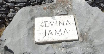 Kevina jama